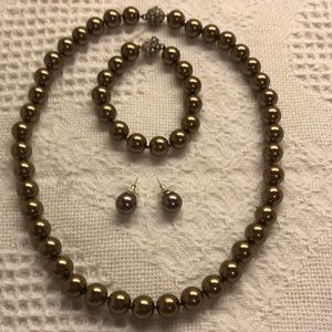 Jewelry - Bronze Dyed Pearl Set